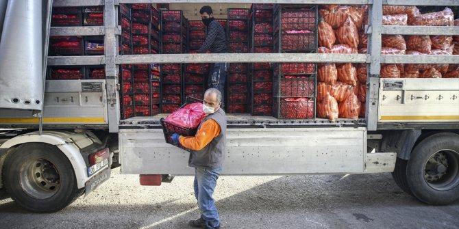 Market ve hallerde ürün tedarikine başlandı