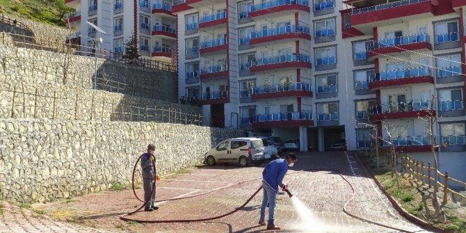Karaman'ın Ermenek ilçesinde bir apartman karantinaya alındı