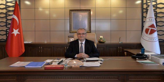Konya Teknik Üniversitesi Rektörü Prof. Dr. Özçelik'ten 23 Nisan mesajı