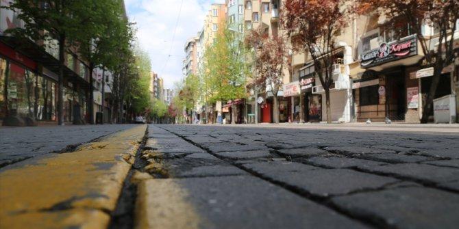 Bursa, Balıkesir ve Eskişehir'de sokağa çıkma kısıtlamasının ikinci gününde sessizlik hakim