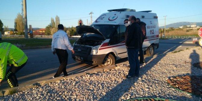 """""""Dur"""" ihtarına uymayan ambulans sürücüsü yakalandı"""