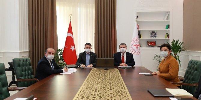 Sağlık Bakanı Koca, Tarım ve Orman Bakanı Pakdemirli ile bir araya geldi
