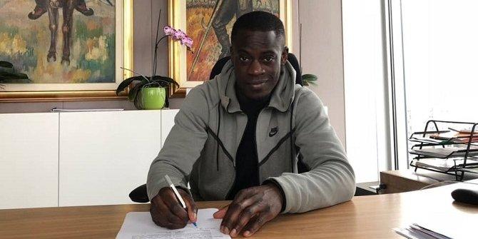 Edwin Gyasi, Beşiktaş ile 2 yıllık ön sözleşme imzaladı