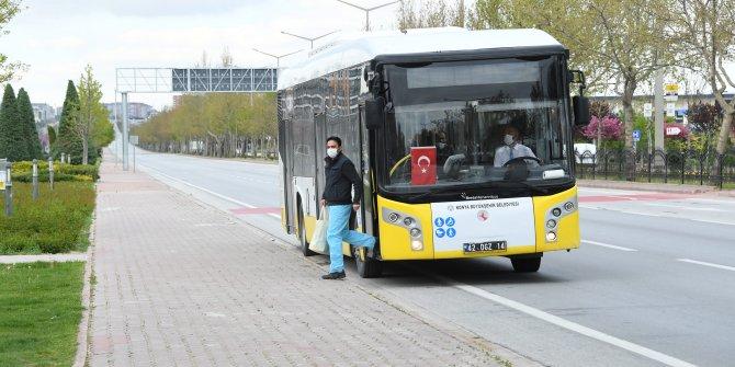 Büyükşehir sağlık çalışanlarının ulaşımını karşılamaya devam ediyor