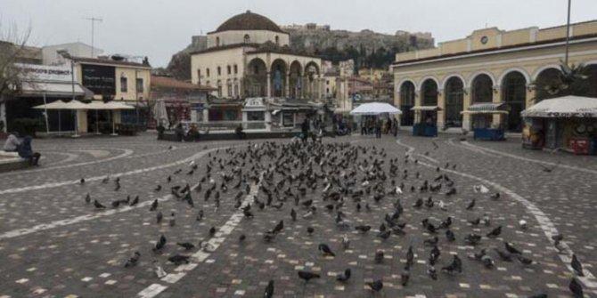 Yunanistan'da halk 42 gün sonra sokağa çıkıyor