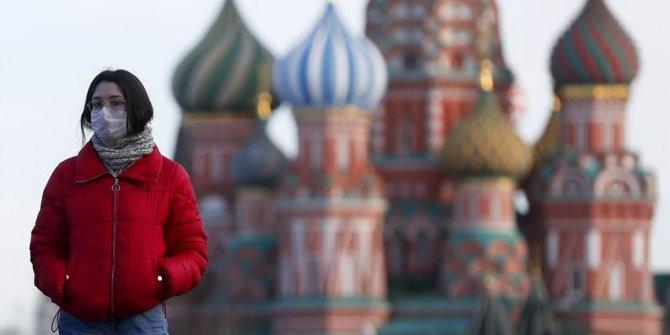 Rusya'da koronavirüs salgınında son durum! 10 binden fazla yeni vaka