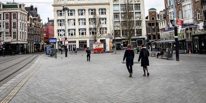 Hollanda'da Kovid-19 nedeniyle ölenlerin sayısı 5 bin 82'ye yükseldi
