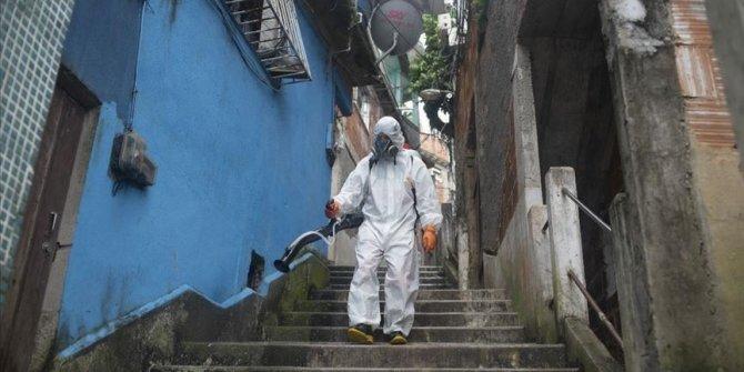 Brazil coronavirus outbreak grows amid political crisis