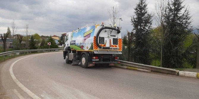 Kocaeli'de yollar düzenli olarak temizleniyor