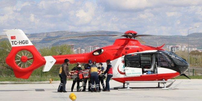 Ambulans helikopter onun için havalandı