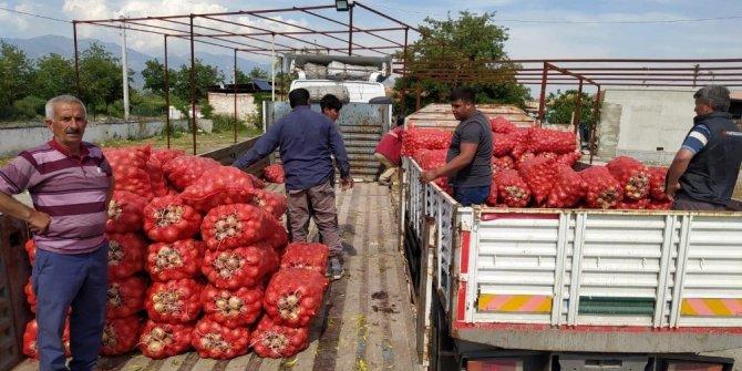 Kuşadası Belediyesi'nden çiftçiye yardım eli