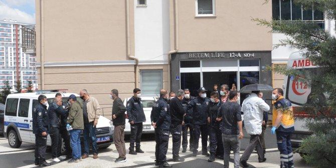Bina görevlisi, tartıştığı su tesisatçısını pompalı tüfekle vurdu