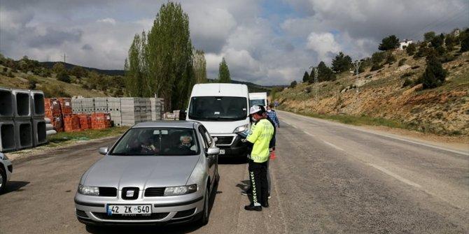 """Bozkır'da polis ekiplerinden """"Evdeyim Ama Trafik Kuralları Aklımda"""" uygulaması"""