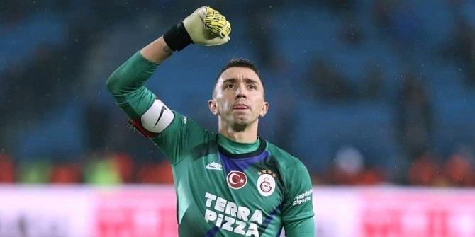 Galatasaray'da yılın imzası tamam!