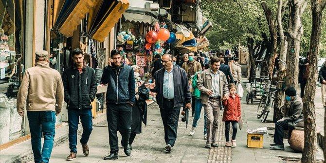 İran'da okullar 16 Mayıs'ta yeniden açılıyor