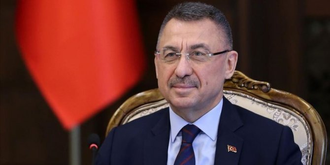 """Oktay: """"Kırıkkale'deki tesiste aylık 45 milyon maske üretilecek"""""""