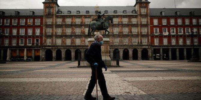 İspanya'da Kovid-19'dan son 24 saatte 102 kişi öldü