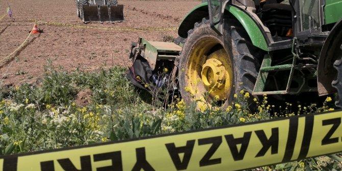 Karaman'da çapa motoru ile traktörün arasına sıkışan kişi öldü
