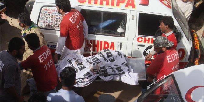 97 killed in Pakistan plane crash, 2 survive
