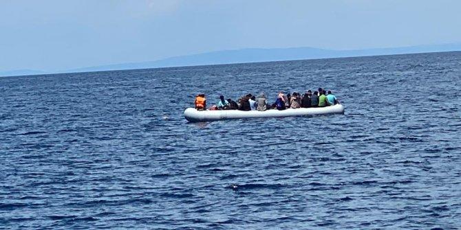 Yunanistan'ın ölüme terk ettiği 40 göçmeni Sahil Güvenlik kurtardı