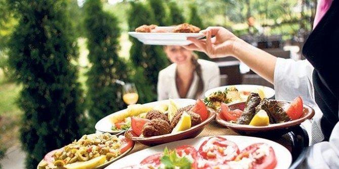 Restoran ve kafeler yeniliklerle açılıyor