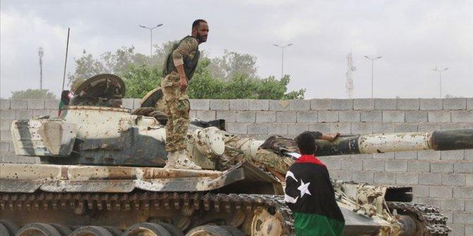 Libya ordusunun ilerleyişi sürüyor