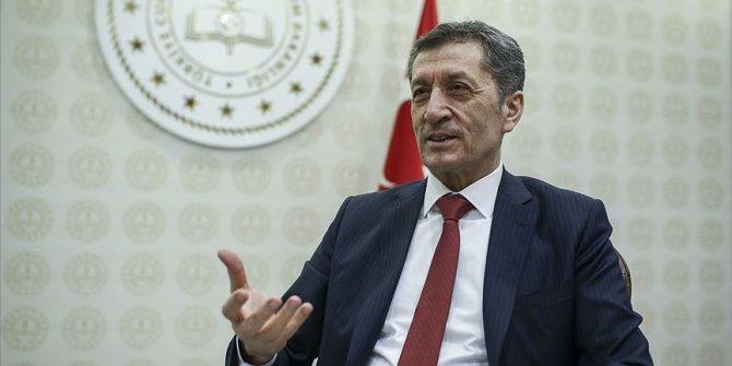 """Bakan Selçuk'tan LGS açıklaması: """"Tüm ailelerimiz müsterih olsunlar"""""""