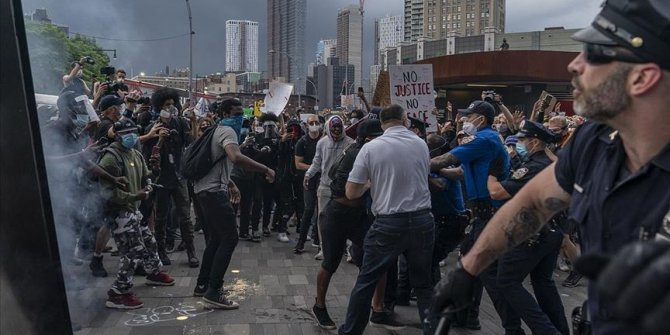 "Trump protestolara karşı ""İsyan Yasası""nı kullanabilir"