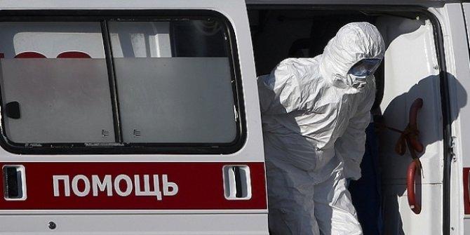 Rusya'da tedirginlik, Kovid-19 vaka sayısındaki artış devam ediyor