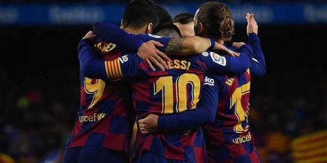 Barselona'da 3 penaltılı 1 puanlı gece