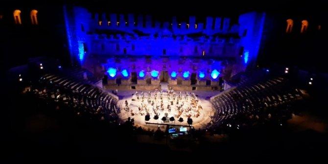 Türkiye'nin yedi tenoru ilk kez aynı sahnede buluştu