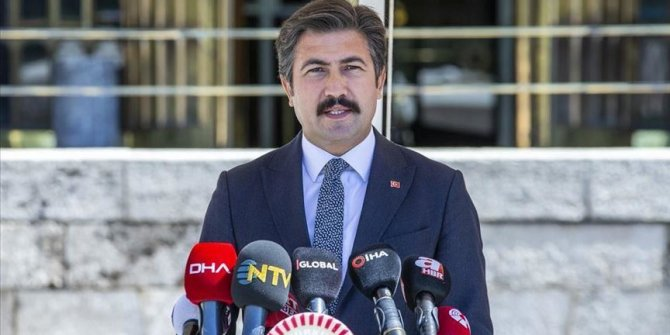 Turkey: Ruling party submits bill to split bar associations