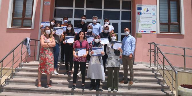 Meram Şifa Hatun öğrencileri Almanya'daki stajlarını tamamladı