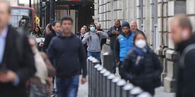 İngiltere'de Kovid-19 ölümleri 44 bin sınırına dayandı