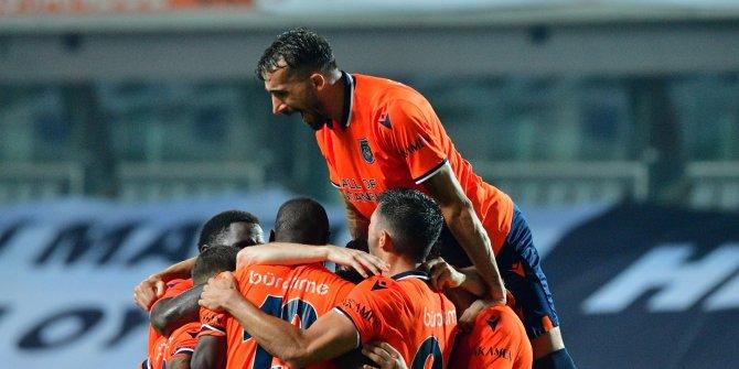 Mehmet Topal, Süper Lig tarihine geçiyor