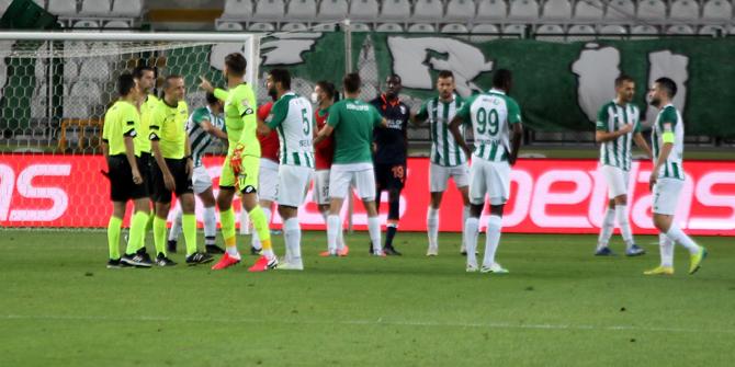 Konyaspor, Başakşehir'in serisini bitirdi!