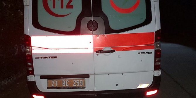 Diyarbakır'da ambulansa silahla ateş eden zanlı tutuklandı