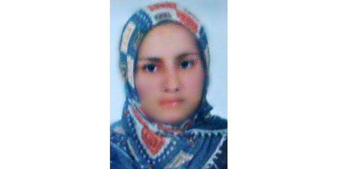Genç kadın asılı halde ölü bulundu