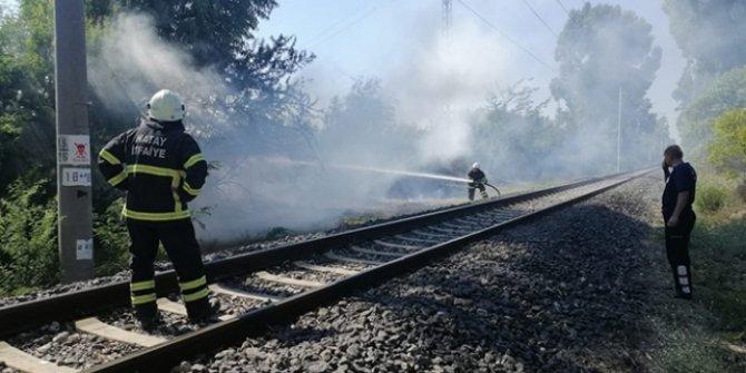 Hatay'da tren yolunda yangın