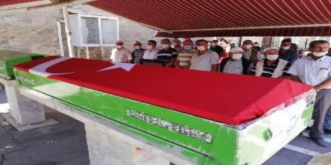 Kazada ölen Kıbrıs gazisi askeri törenle toprağa verildi