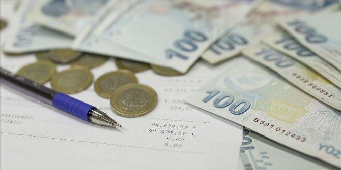 Kovid-19 mağduru esnaf ve sanatkarların kredi borçları ertelendi