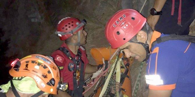 Kelebekler vadisinde düşen Ukraynalı iki turist 6 saatte kurtarıldı