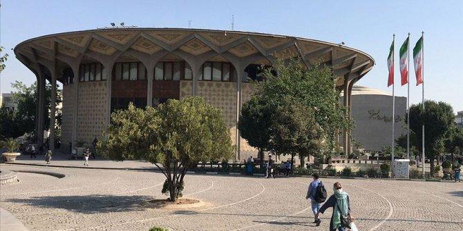 İran'da Kovid-19 kaynaklı can kaybı 15 bini geçti