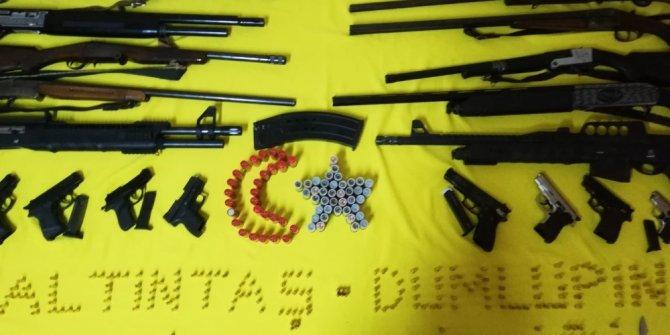 Kütahya'da kaçak silah operasyonu: 2 gözaltı
