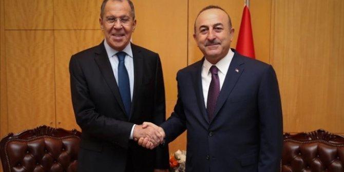 Bakan Çavuşoğlu ve Lavrov telefonda görüştü