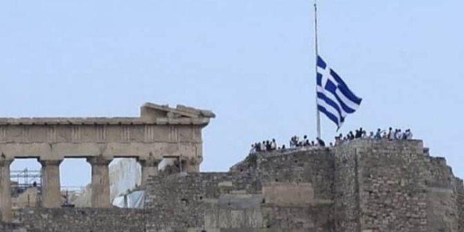 Yunanistan'da Ayasofya-i Kebir Cami-i Şerifi'nin ibadete açılmasına tepki