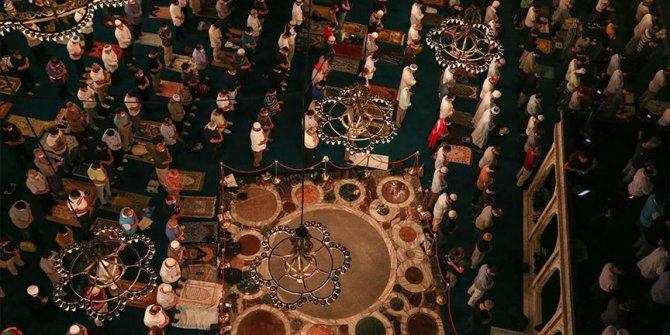 Ayasofya-i Kebir Cami-i Şerifi'nde yatsı namazı kılındı