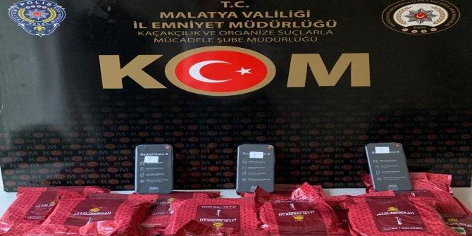 Malatya'da gümrük kaçağı nargile tütünü ele geçirildi