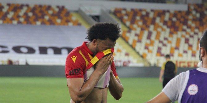 Ligden düşen Yeni Malatyaspor'da futbolcular maç sonunda ağladı
