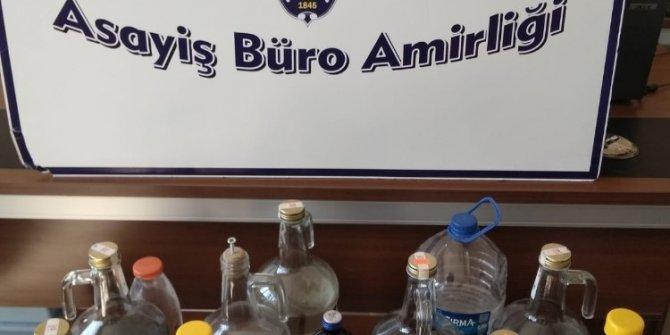 Konya'da 40 litre kaçak içki ele geçirildi